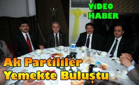 Ak Partililer Yemekte Buluştu(VİDEO)