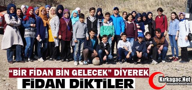 """'BİR FİDAN BİN GELECEK"""" DİYEREK FİDAN DİKTİLER"""