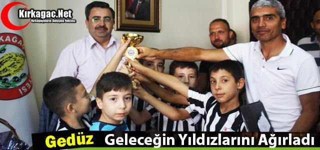 """GEDÜZ 'GELECEĞİN YILDIZLARINI"""" MAKAMINDA AĞIRLADI"""