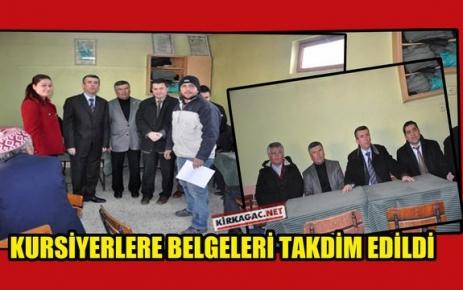 KURSİYERLERE BELGELERİ TAKDİM EDİLDİ
