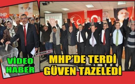 MHP'DE VEDAT TERDİ GÜVEN TAZELEDİ(VİDEO)