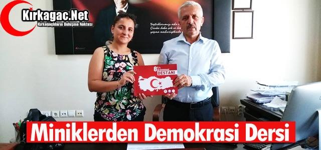 MİNİKLERDEN DEMOKRASİ DERSİ