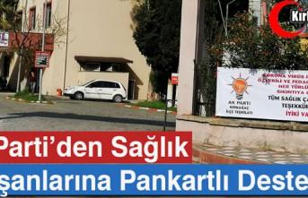 AK PARTİ'DEN SAĞLIK ÇALIŞANLARINA PANKARTLI...