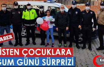 POLİSTEN ÇOCUKLARA DOĞUM GÜNÜ SÜRPRİZİ(ÖZEL...
