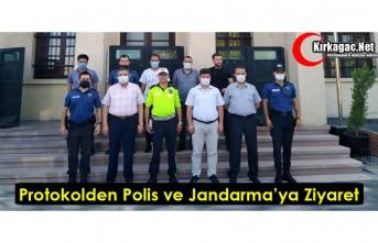 İLÇE PROTOKOLÜNDEN POLİS ve JANDARMAYA BAYRAM...
