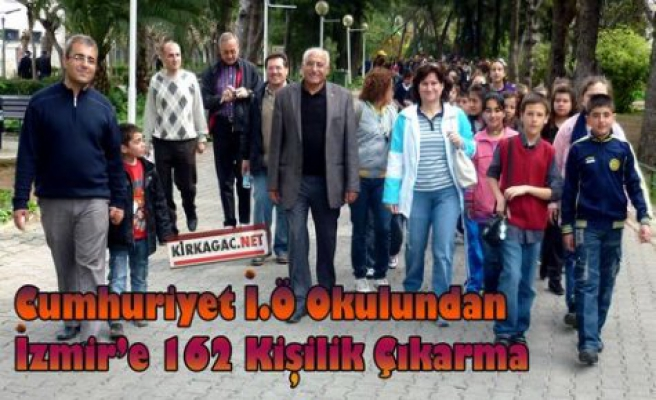 Cumhuriyet İ.Ö Okulu 162 Kişiyle İzmir'e Çıkarma Yaptı