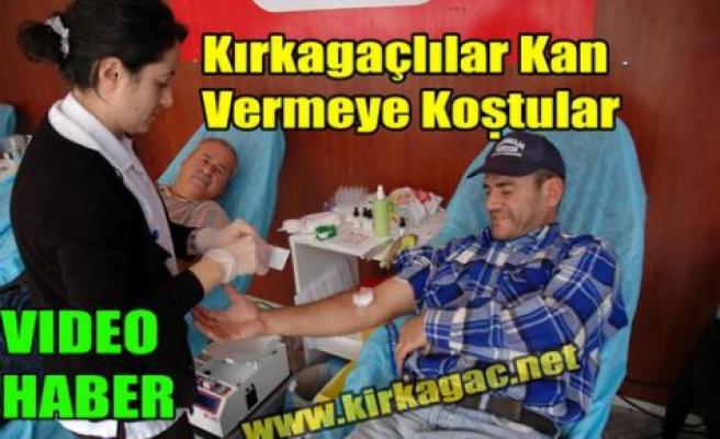 Kırkağaçlılar Kan Vermeye Koştular(VİDEO)