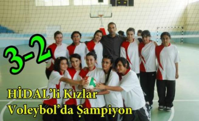 Voleybol Kızlarda Kupa HİDAL'in