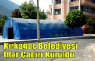 Kırkağaç Belediyesi İftar Çadırı Kuruldu