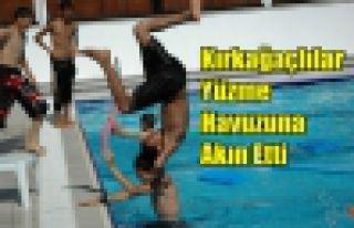 Kırkağaçlılar Yüzme Havuzuna Akın Ediyor